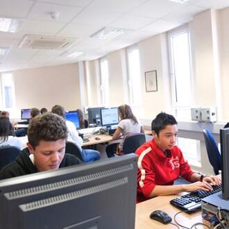 Tečaj engleskog jezika, CES - Irska i Velika Britanija dob 16 +