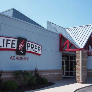 Srednja škola: Boarding school – Life Preparatory Academy