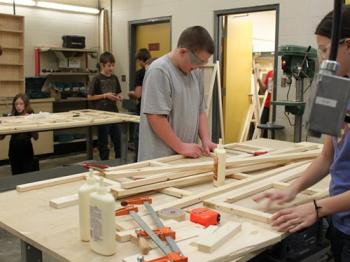 Srednja škola: Strathmore High school - Alberta