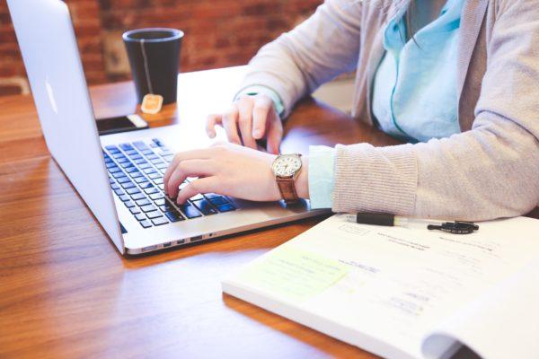 Online pripreme za maturu - ESEJ