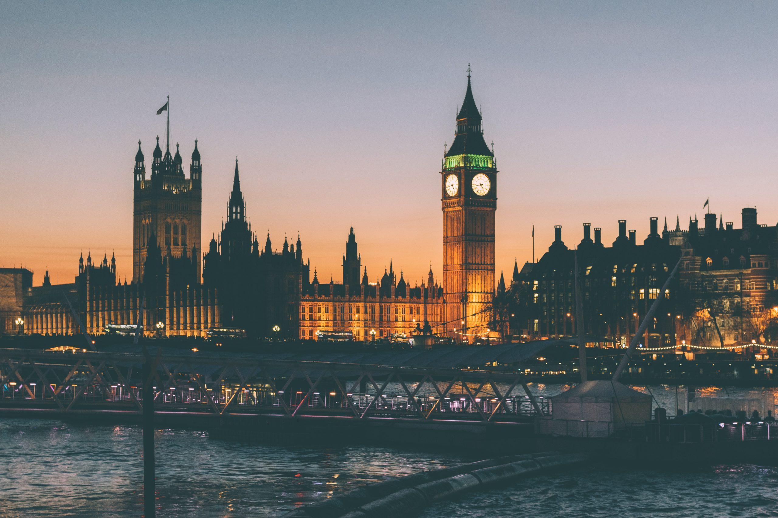 Studij u Velikoj Britaniji – Oxford, Cambridge, ili?