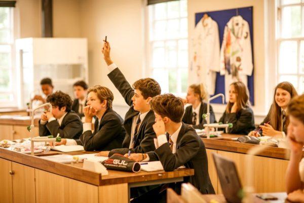 Boarding School Mill Hill - London